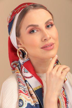 foulard en satin léger motifs imprimés